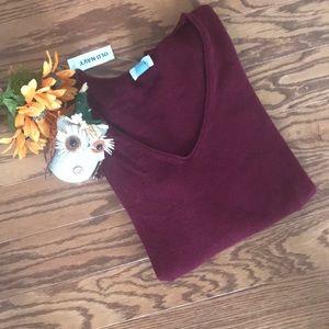 Old Navy V-Neck Burgundy Sweater NWT